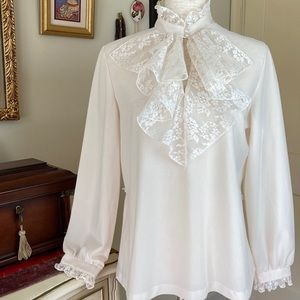 Vintage Union 70s Lace & Pearl Collared Blouse 14
